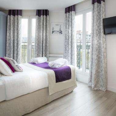 Cluny Square - Chambre Double avec Balcon