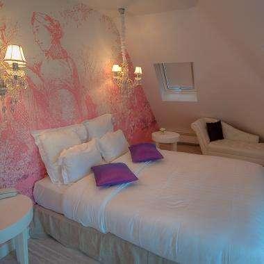 Cluny Square - Romance Suite